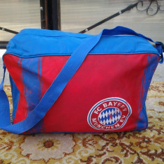 Kerlitz Masters, F.C. Bayern, geanta sport 44 x 20 x 30 cm - Geanta voiaj