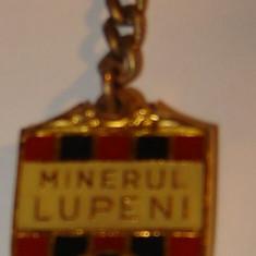 Breloc Fotbal - Minerul Lupeni - Breloc Barbati