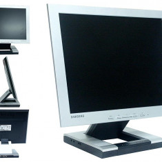 Monitoare LCD Samsung SyncMaster 152S, 15 inch, boxe incorporate, VGA, Audio, Mic, 16.7 milioane culori