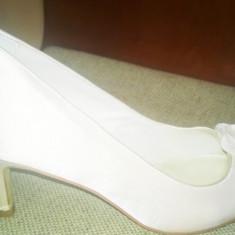 Pantofi dama - Pantofi mireasa Menbur