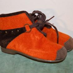 Papuci copii, 28, made in Austria, marca Rohde, foarte frumosi, Marime: 23, Culoare: Din imagine
