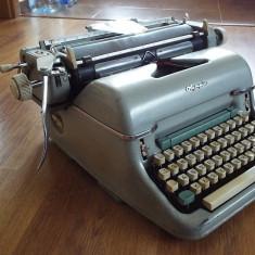 Masina de scris OLYMPIA A4, A3