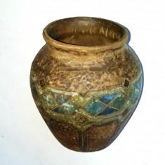 Vaza decorativa din lemn, foarte vechi - pictat manual cu motive romanesti