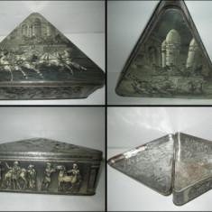 Cutie metalica veche ciocolata Victoria perioada interbelica.