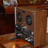 Magnetofon AKAI 4400D in stare excelenta si 10 benzi BASF.