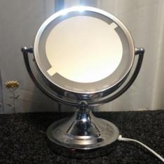 Oglinda Cosmetica pentru Machiaj Barbierit cu Iluminare si Factor de Marire - Oglinda baie