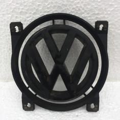 Emblema sigla fata Volkswagen Passat B3 35i 357853612A - Grila