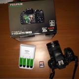 FUJIFILM FinePix HS25EXR, SD card 8gb Clasa 10, acumulatori si incarcator