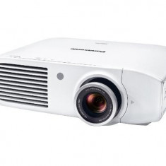 Videoproiector Panasonic PT-AH1000E Alb