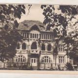 Bnk cp Pucioasa - Internatul scolii de fete - circulata - Carte Postala Muntenia dupa 1918, Printata