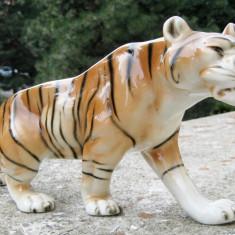 Tigru statueta portelan Bohemia Royal Dux anii 50 - Bibelou vechi