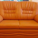 Vanzare  set  format din 2 canapele extensibile + fotoliu