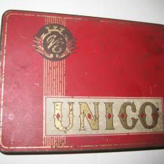 Cutie metal veche Tigarete UNICO VE.