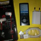 Apple iPod nano 8GB 5th generation cu camera video + Accesorii + Casti Ibeats, Gri