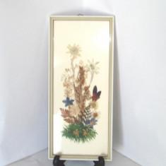 Tablou inramat - tehnica colaj - Aranjament floral - 100% hand made